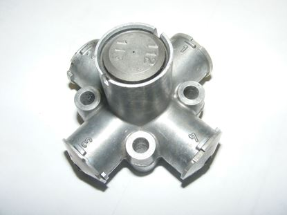 Picture of mercedes transmission governor, 1132700069