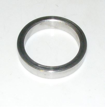 Picture of crankshaft seal spacer, 6150310051