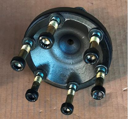 Picture of MERCEDES W124,W126,R129,W140,W210 DIFFERENTIAL FLANGE 1293500845